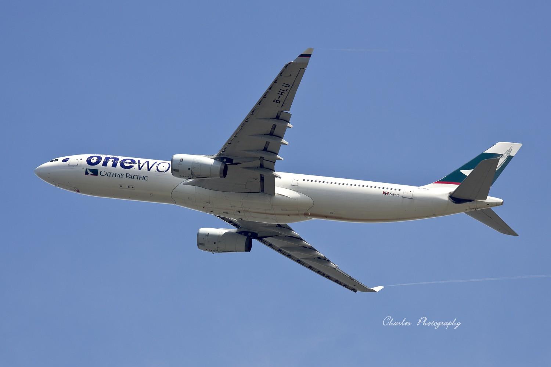 [原创]带着小三游香港机场--之我想认个师父! AIRBUS A330-300 B-HLU 中国香港赤?v角国际机场