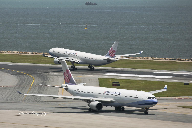 Re:[原创]带着小三游香港机场之拜师贴 AIRBUS A330-300  中国香港赤?v角国际机场