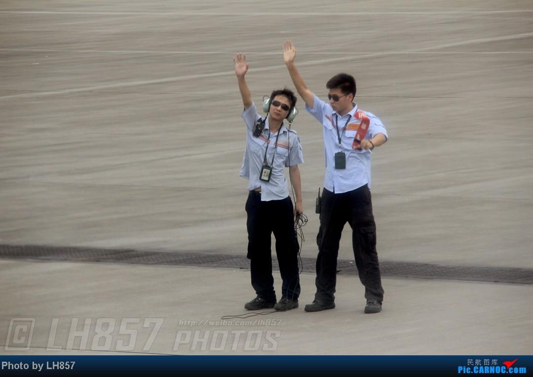 Re:[原创]22天的漂泊,菜航三胖初体验,见证了巫家坝与长水,PEK-CAN-KMG-CKG-SJW四段大暴走(二) BOEING 737-700 B-2502 中国广州白云机场 中国广州白云机场