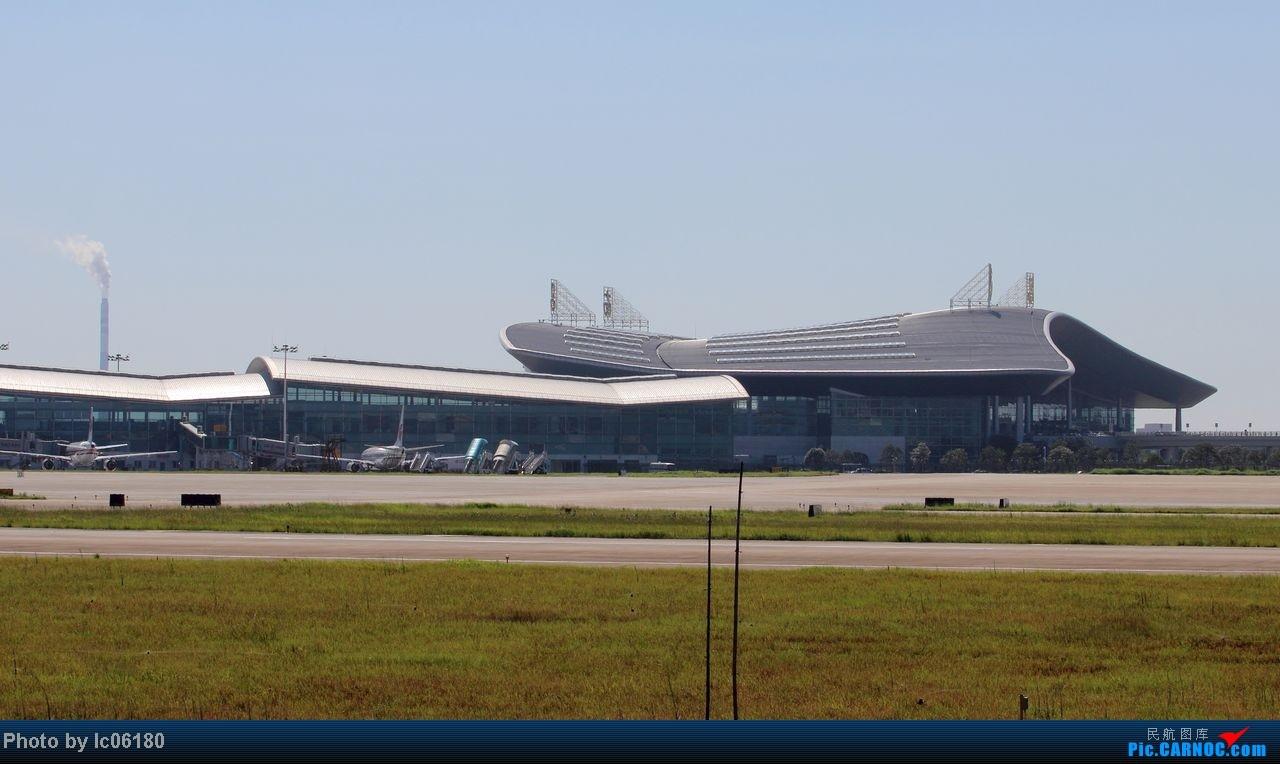 [原创]『KHN』南昌小拍…当飞机在跑道出口停下……    中国南昌昌北机场