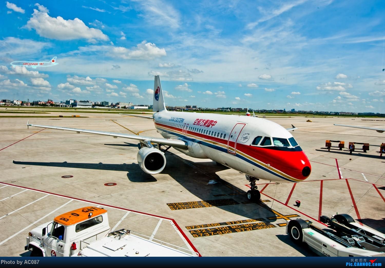 Re:[原创]【杭州飞友会】AC087天津游。爆飞友,北京一日行,三里屯佳能体验中心,200F2L,铁路运转,上航323,喷冷气的经济舱,反推机械细节。虹桥又是晴天。 AIRBUS A320-200 B-6829 中国上海虹桥机场