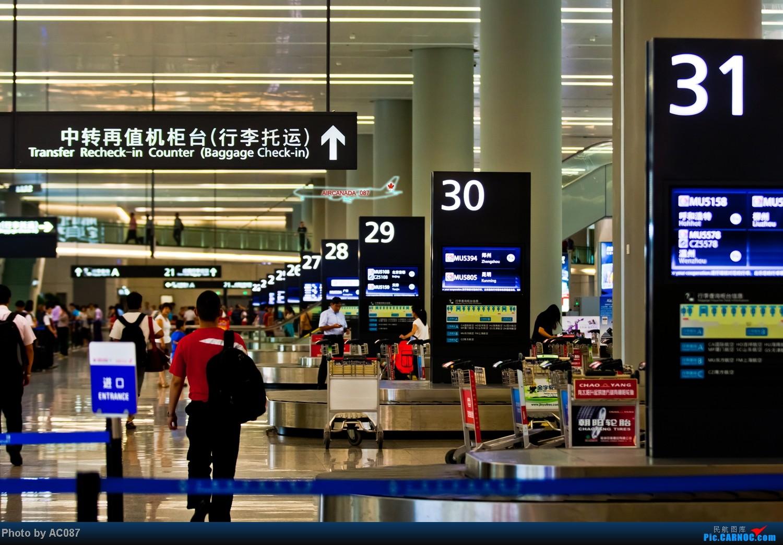 Re:[原创]【杭州飞友会】AC087天津游。爆飞友,北京一日行,三里屯佳能体验中心,200F2L,铁路运转,上航323,喷冷气的经济舱,反推机械细节。虹桥又是晴天。 AIRBUS A330-300 B-6097 中国上海虹桥机场 中国上海虹桥机场