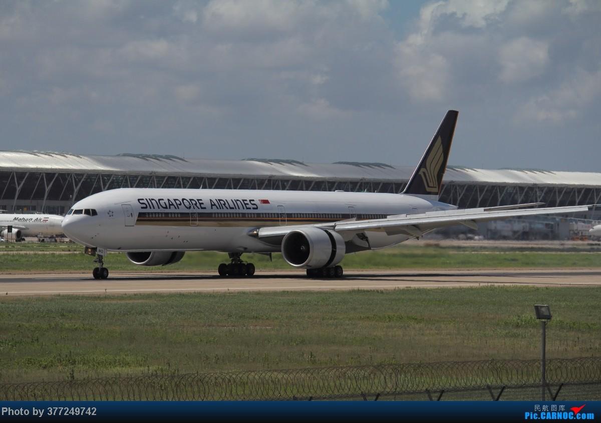 Re:趁着最后的好天气去趟PVG,烂技术请多包涵。西园会、世博320、长荣744、AC763、UA744。回去磁悬浮飙到430KM一刚。 BOEING 777-300ER 9V-SWD 中国上海浦东机场