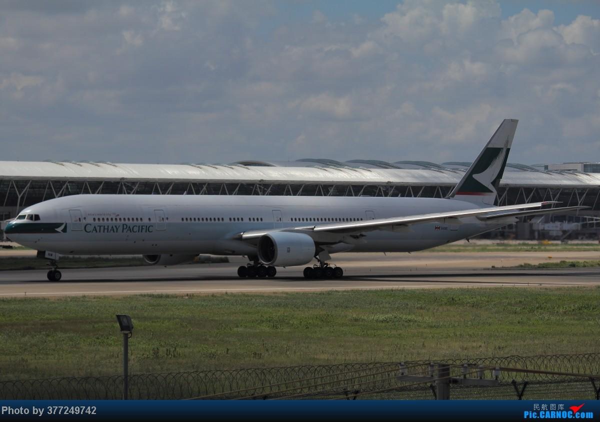 Re:[原创]趁着最后的好天气去趟PVG,烂技术请多包涵。西园会、世博320、长荣744、AC763、UA744。回去磁悬浮飙到430KM一刚。 BOEING 777-300 B-HNM 中国上海浦东机场