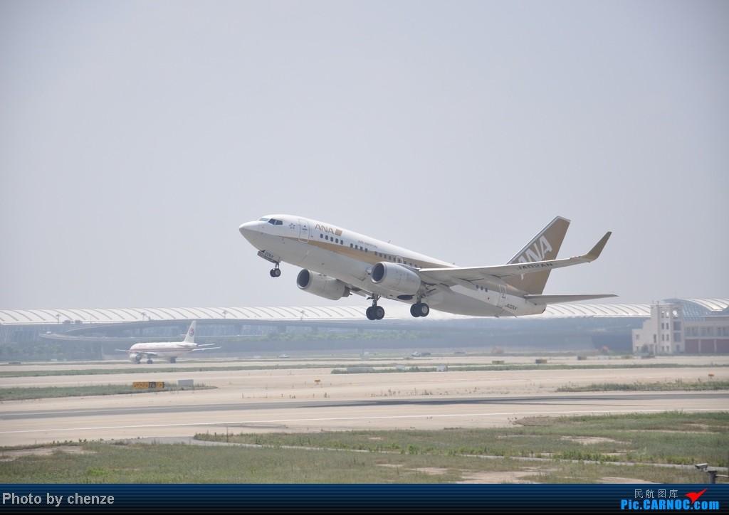 Re:[原创]浦东的天不咋蓝了,但还是要拍滴!!有点小惊喜!发现临时拍机位! BOEING 737-700 JA02AN 中国上海浦东机场
