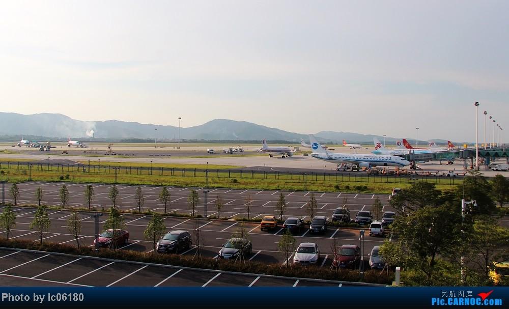 [原创]『KHN』傍晚的昌北机场-大中小飞机齐在 普装彩绘都来    中国南昌昌北机场
