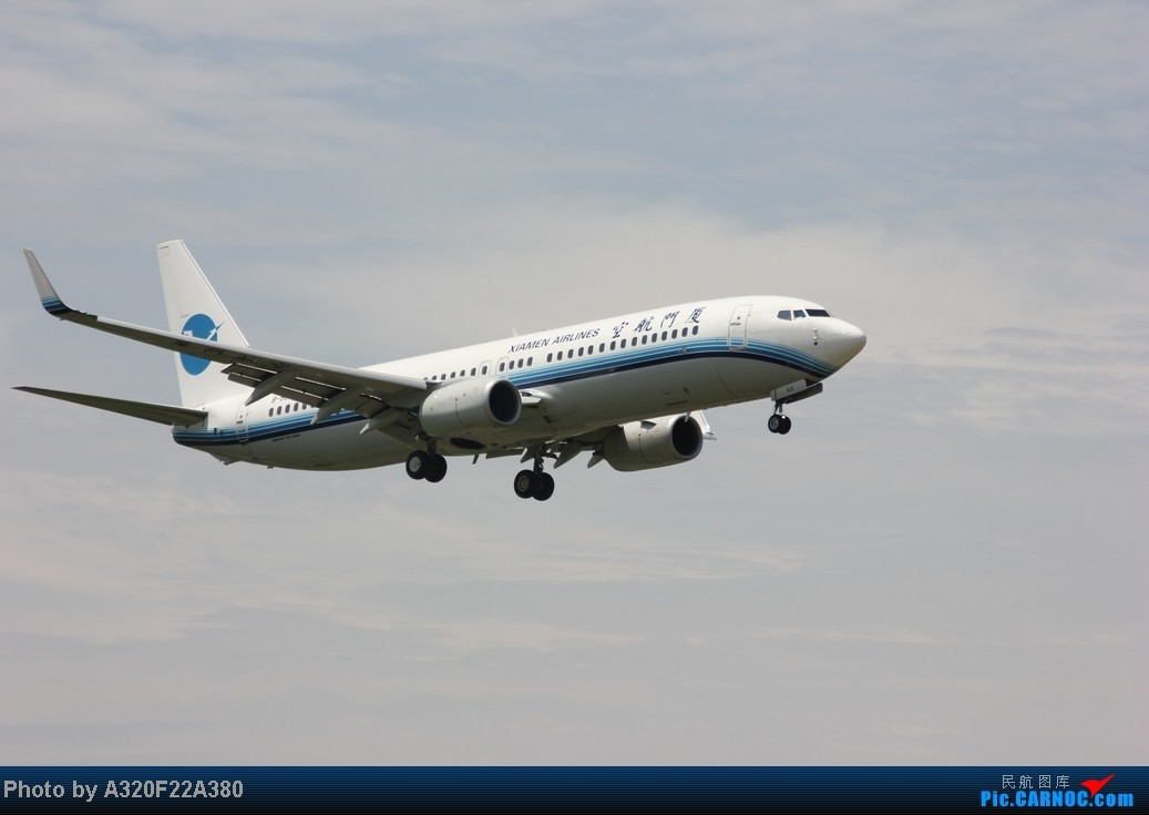 Re:[原创]{LEO拍机}新手冒着烈日酷暑,奋战在CTU!没有功劳也有苦劳吧!走过路过不要错过!欢迎各位大侠砸飞机和指点!另附有奖问答答对10个小飞机送上 BOEING 737-800 B-5631 中国成都双流机场