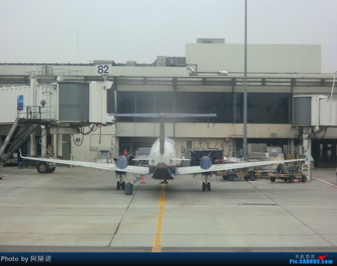 Re:[求助]这是神马航空,神马机型?摄于LAX