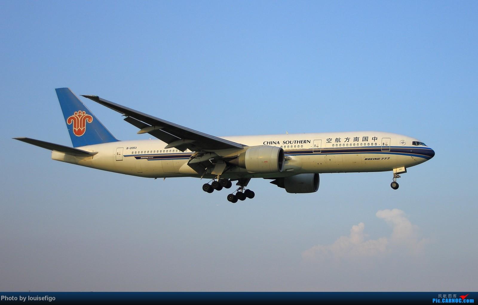Re:[原创]闲来无事天气闷,发点冷饭自娱乐!!!PEK西跑的降落杂图~发到哪儿是哪儿啊!随心情! BOEING 777-200 B-2053 北京首都国际机场