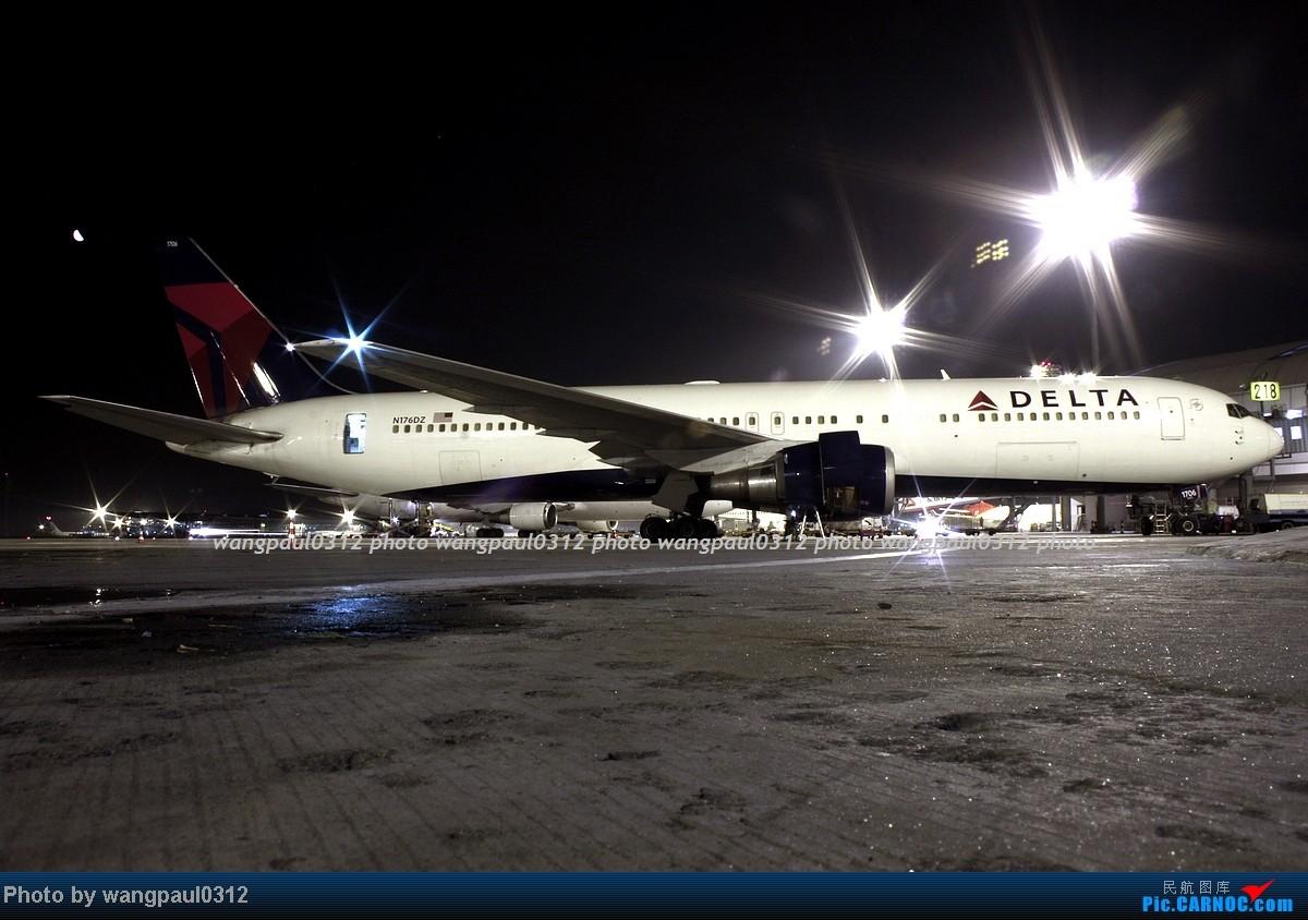 [原创]一图党----------------夜太美! BOEING 767-332(ER) N176DZ 北京首都国际机场