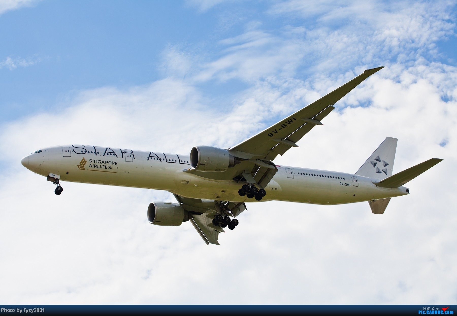 Re:[原创][无锡西站]一周之内SHA&PVG追逐美好光线……多图党,不知你的电脑能承受多少张1800(更新ing)~~~~~ BOEING 777-300ER 9V-SWI 中国上海浦东机场