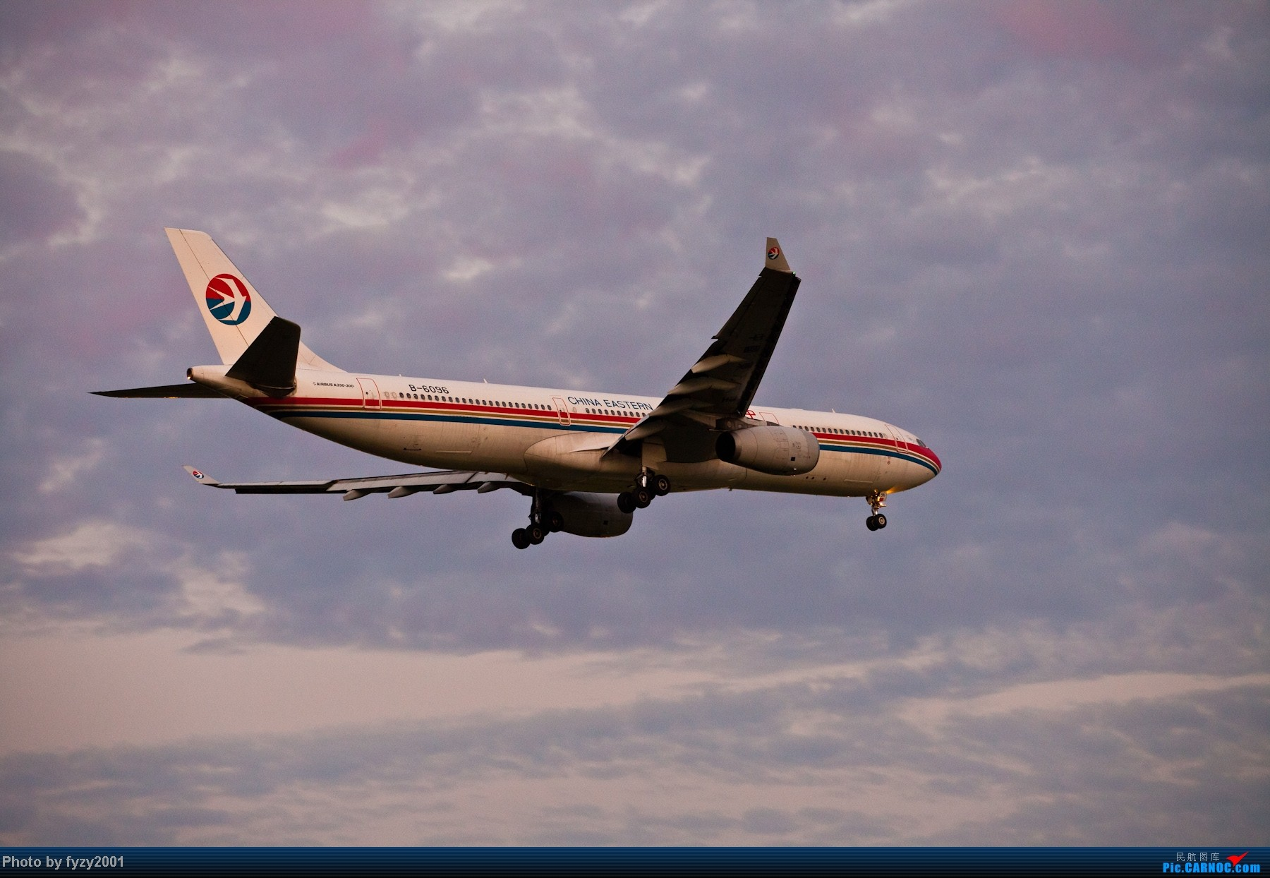 Re:[原创][无锡西站]一周之内SHA&PVG追逐美好光线……多图党,不知你的电脑能承受多少张1800(更新ing)~~~~~ AIRBUS A330-300 B-6096 中国上海浦东机场