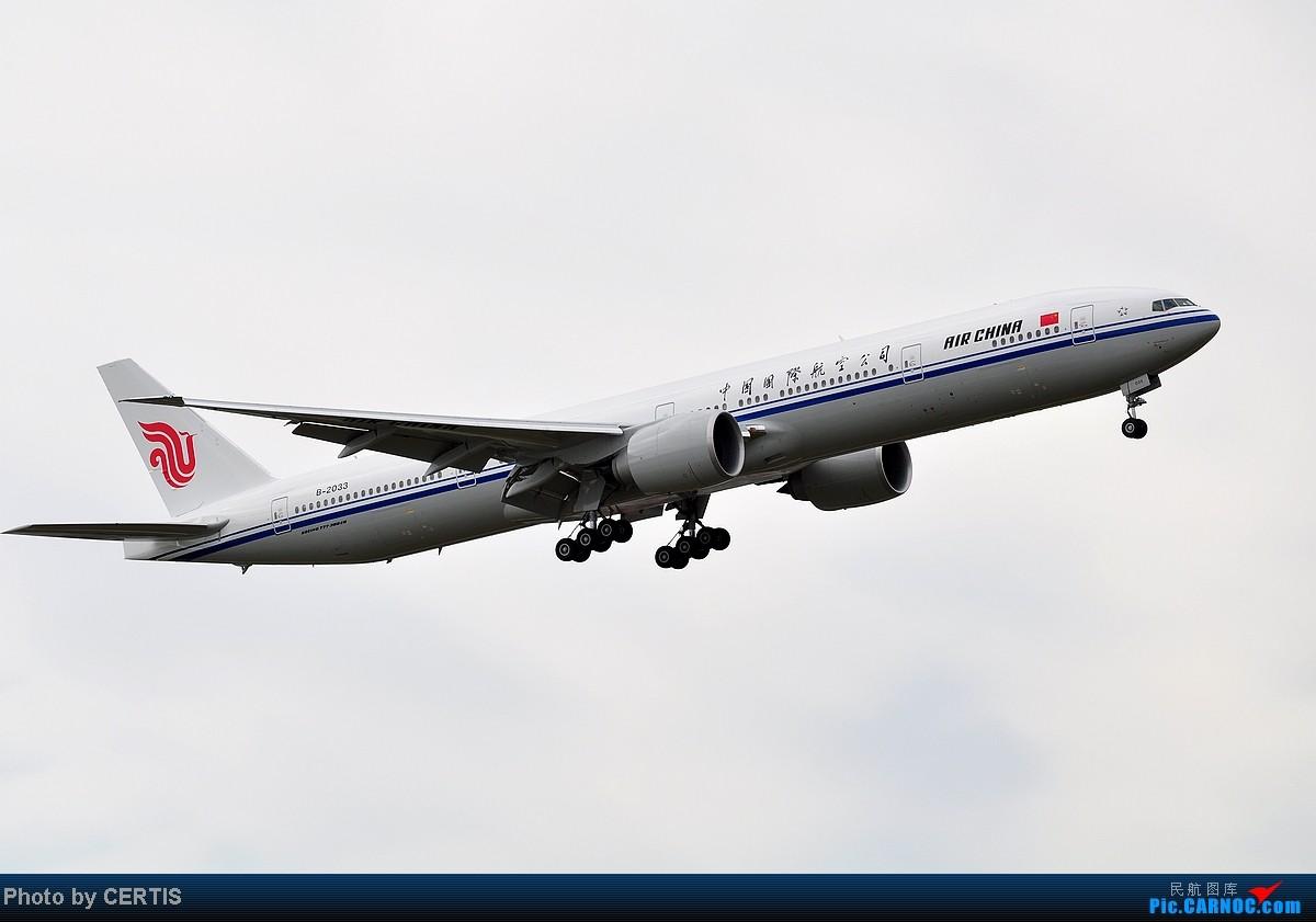Re:[原创]10月3号拍机大杂烩 BOEING 777-300 B-2033 PEK