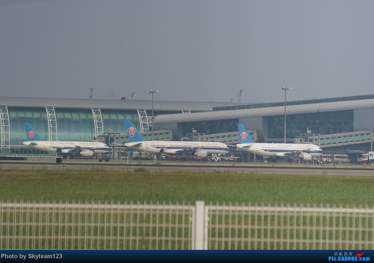 Re:[原创]白云西跑拍机,再见铁丝网,迎接新角度,誓夺小飞机! 757