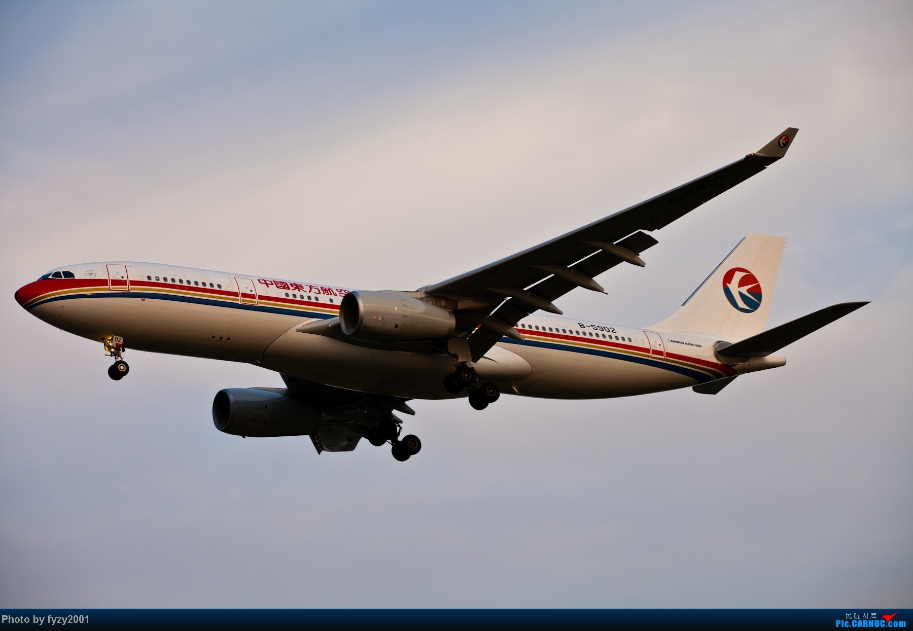 Re:[原创][无锡西站]长假PVG蹲守~~~~只发大图,多图杀猫~~~~ AIRBUS A320-200 B-6902 中国上海浦东机场