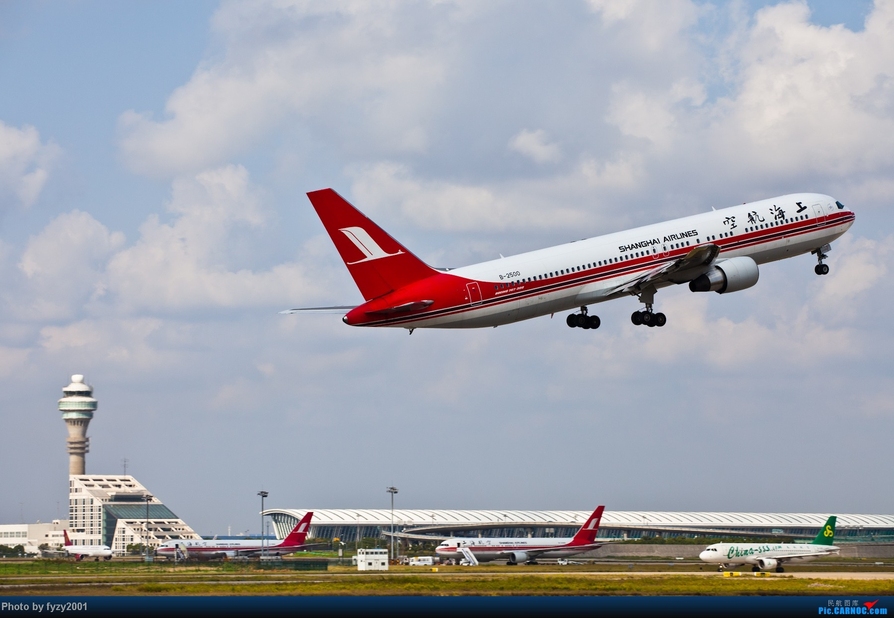 Re:[原创][无锡西站]长假PVG蹲守~~~~只发大图,多图杀猫~~~~ BOEING 767-300 B-2500 中国上海浦东机场