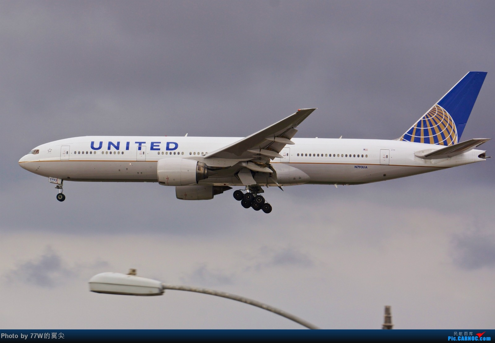 Re:[原创][LAX]---不一样的LAX ---阴天777合集  一次看个够 777-222/ER N793UA 美国洛杉矶机场