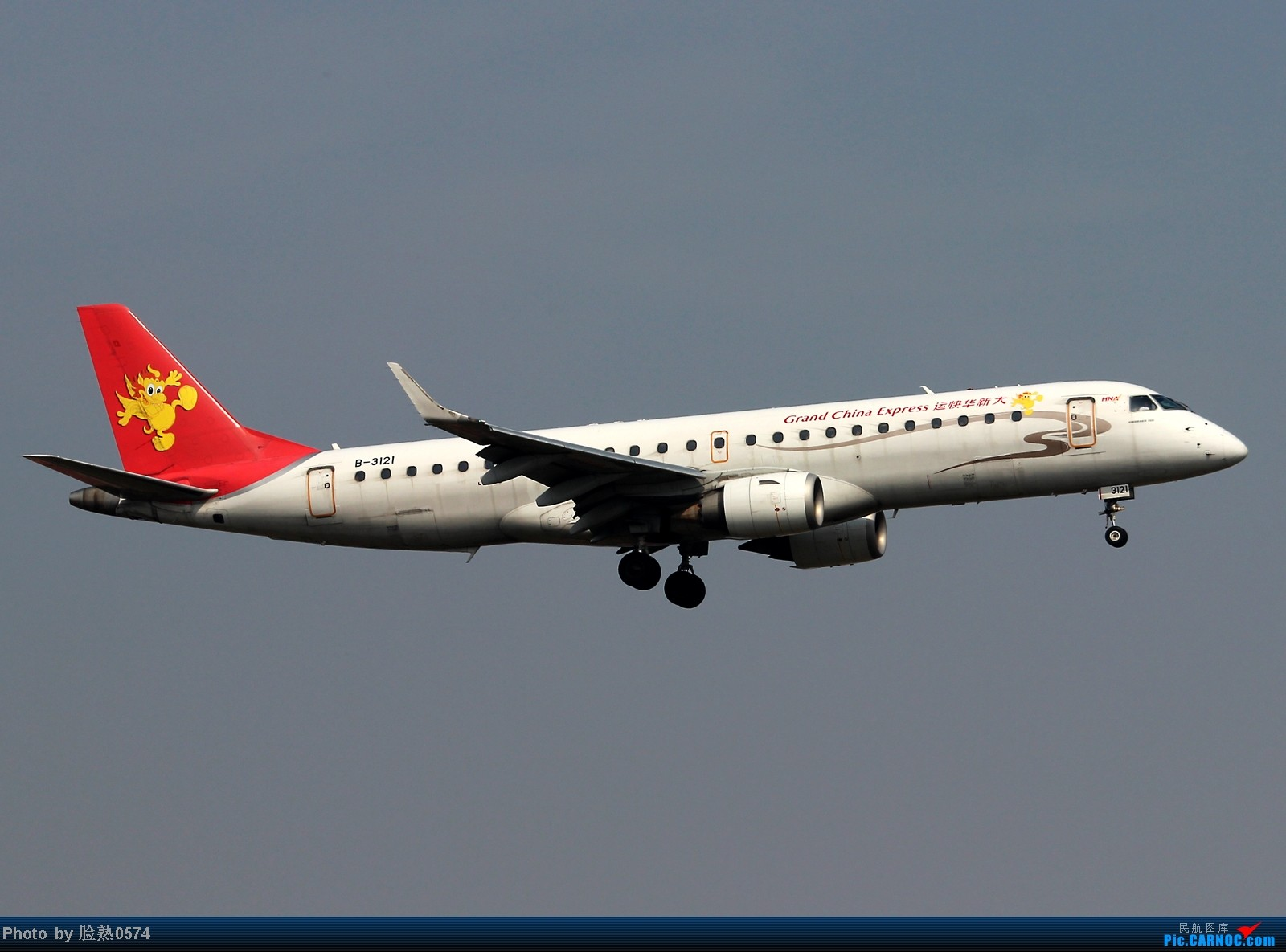 Re:[原创]无聊的等待换来了一架湾流公务机G550 EMBRAER ERJ-190 B-3121 中国宁波栎社机场