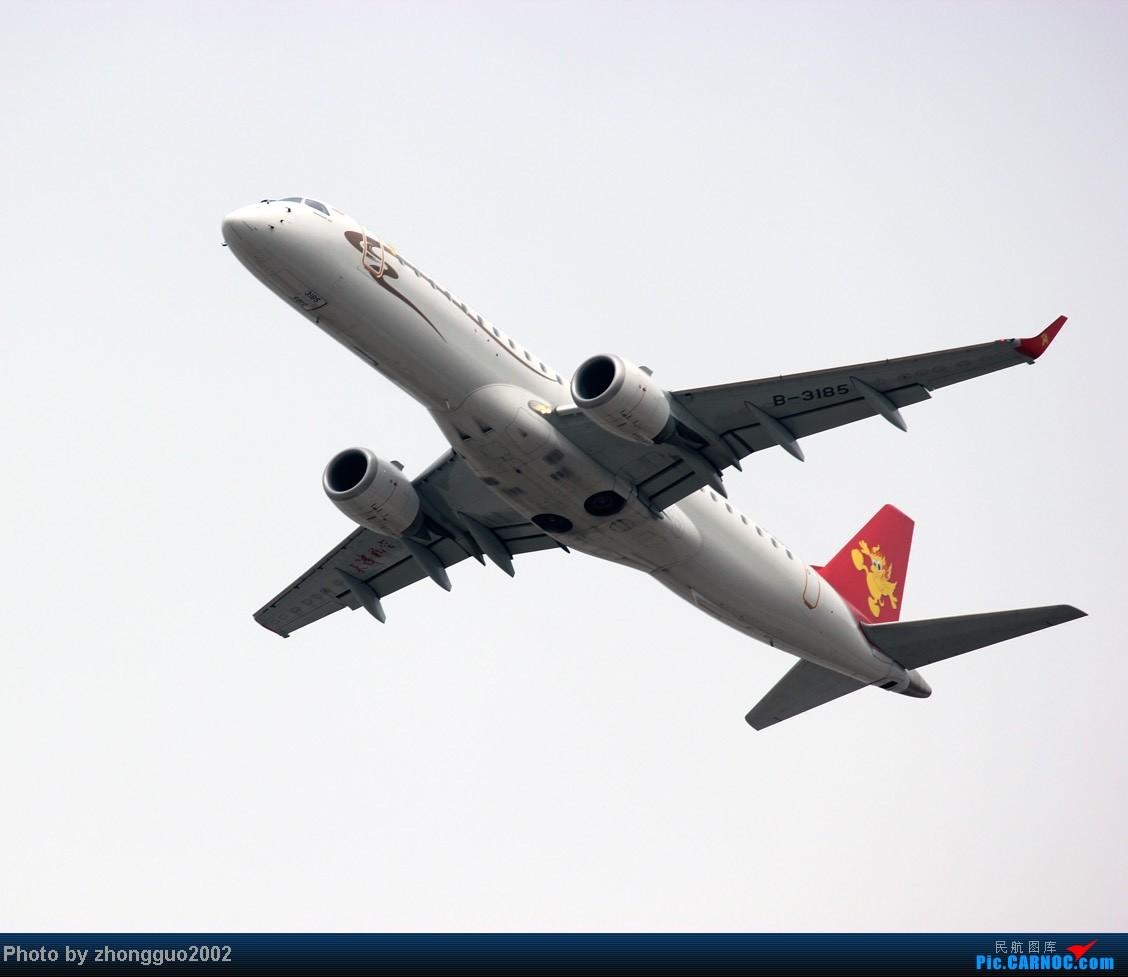 Re:[原创]随着2012年的最后一场雪的到了,我的2012年拍机工作也圆满的结束了,把这段时间里灰机整理一下,把没发的,我个人认为好的发上来! EMBRAER E-190 B-3185 中国呼和浩特白塔国际机场