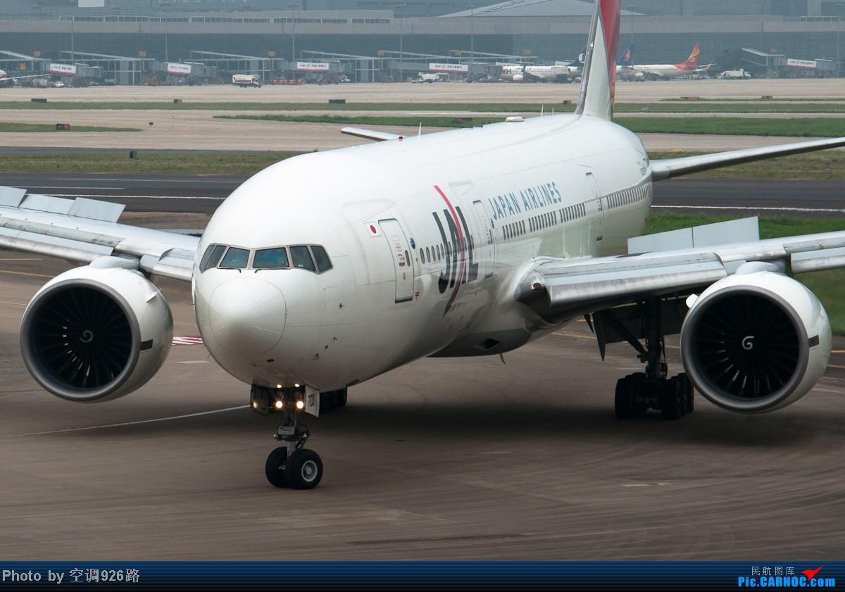 Re:[原创]送别2012 展望2013 BOEING 777-246ER JA702J 中国上海虹桥机场