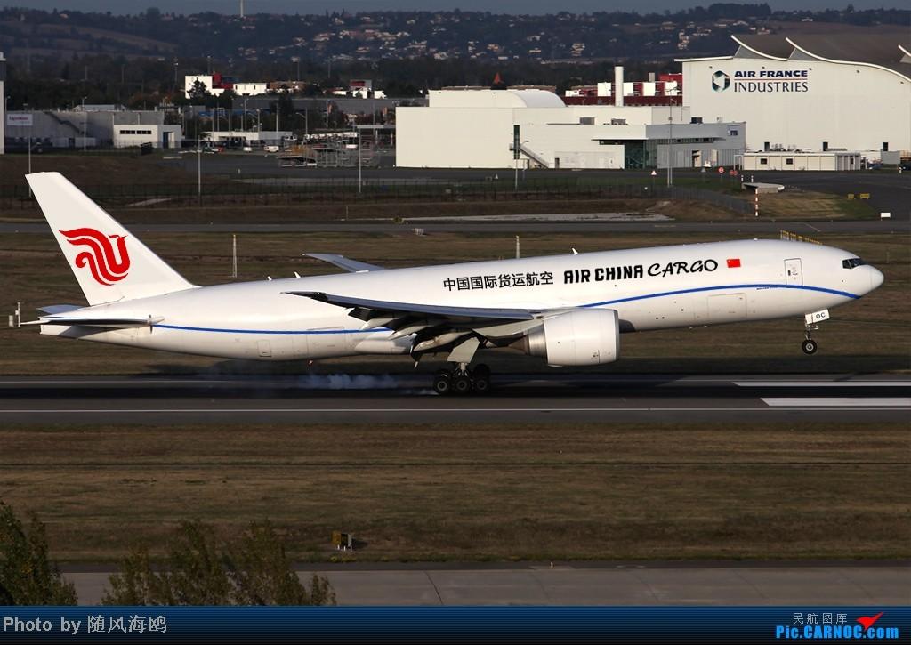 Re:[原创]【原创】国航新涂装 BOEING 777F