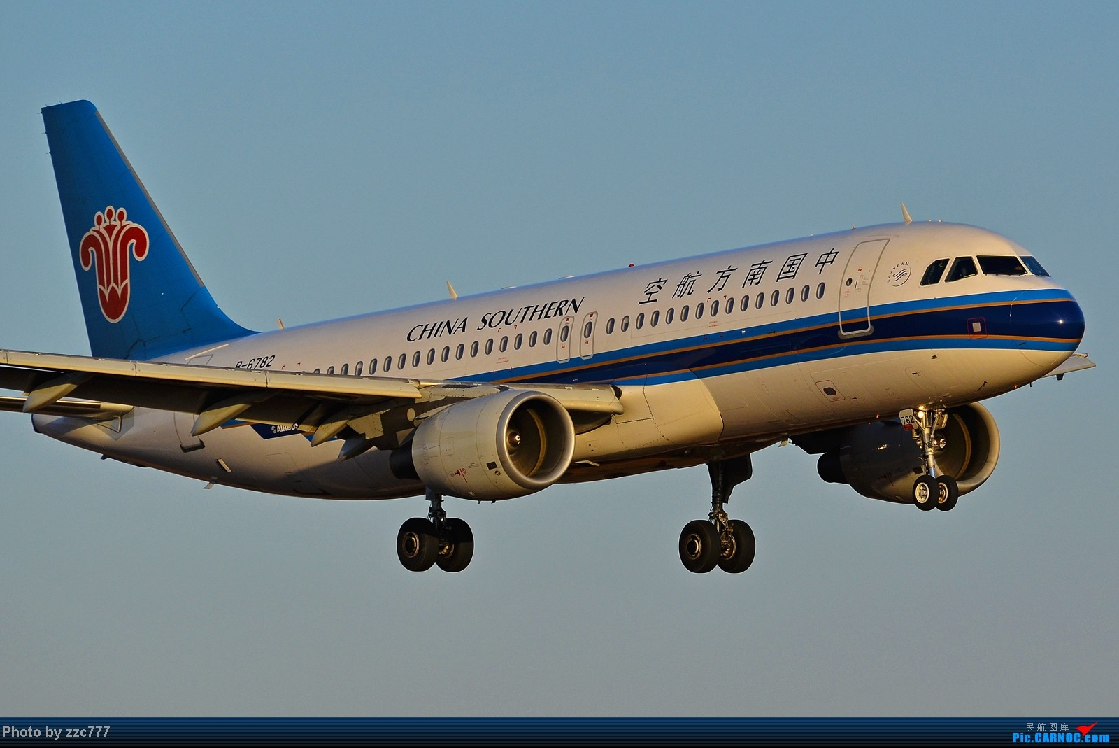 Re:[原创]【昆明的天空】鸟枪换炮的图 AIRBUS A320 B-6782 中国昆明长水机场