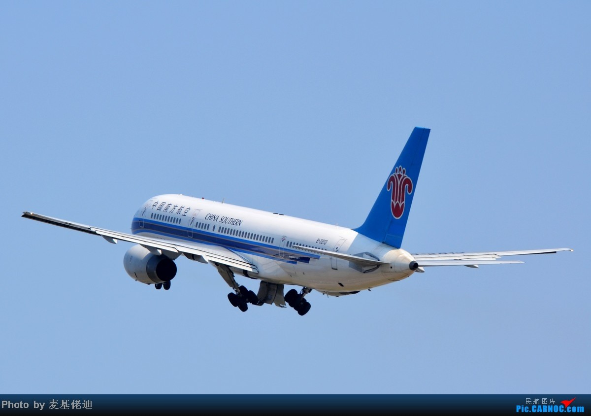Re:[原创]【 ★ 捕捉起落架收起的柔美瞬间 ★ 】 BOEING 757-200 B-2813 广州白云国际机场