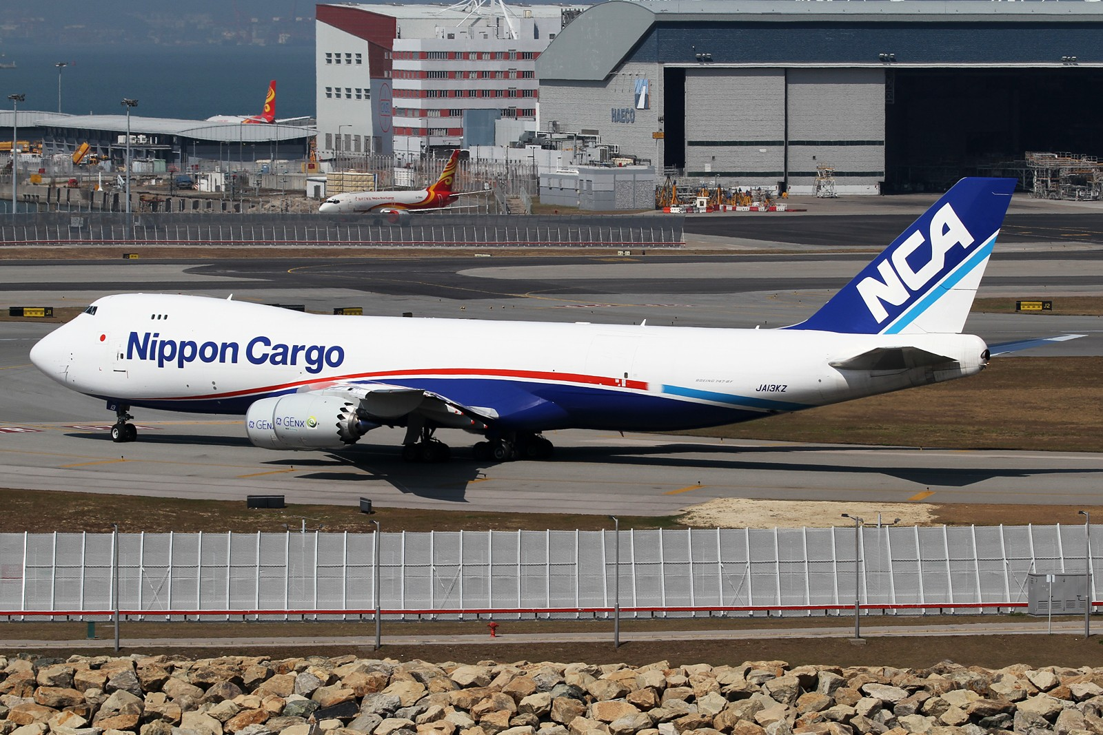 【HKG】**********HKG第二次流窜归来,比较有代表性的3pics********** BOEING 747-8KZF/SCD JA13KZ 中国香港赤鱲角国际机场