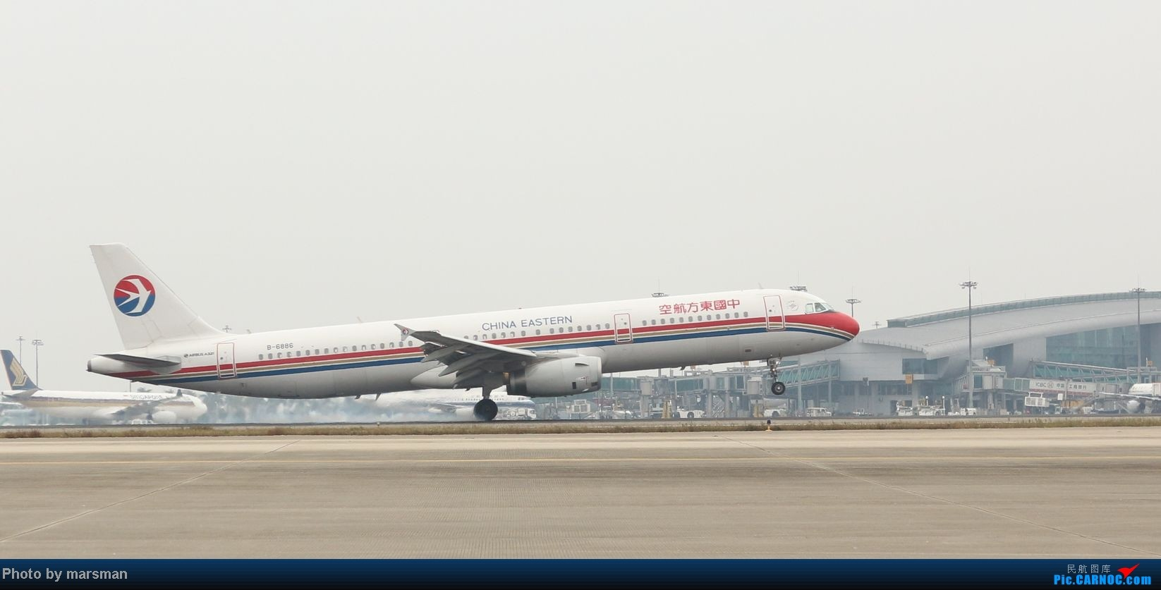 Re:[原创]广州白云机场第一次作业及新手入门简明指南 AIRBUS A321-200 B-6886 中国广州白云机场