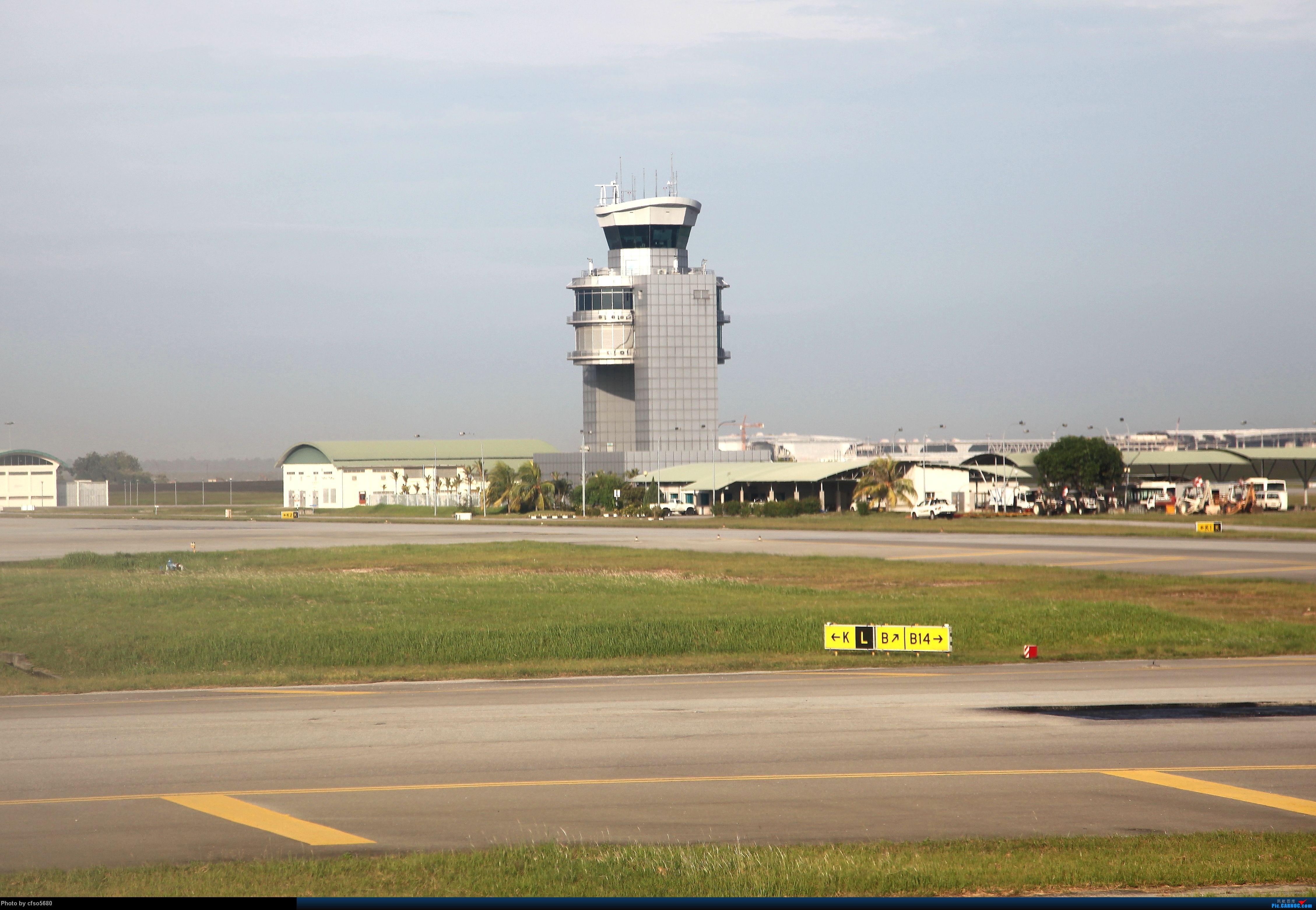 Re:[原创]2013大马拍机之旅,有彩绘、有380,飞机多多,惊喜多多。    马来西亚吉隆坡机场