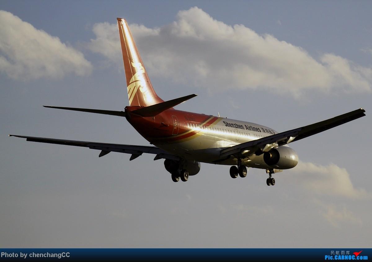 Re:[原创]【chenchangCC】周末昆明烂天气,也没啥好货,宅家里发图吧! BOEING 737-700 B-2667 中国昆明巫家坝机场