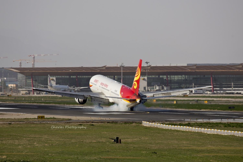 Re:[原创]今日八卦台惊喜不断,逮到美国政府湾流和泰国的NOKAIR. BOEING 767-300 B-2490 中国北京首都机场