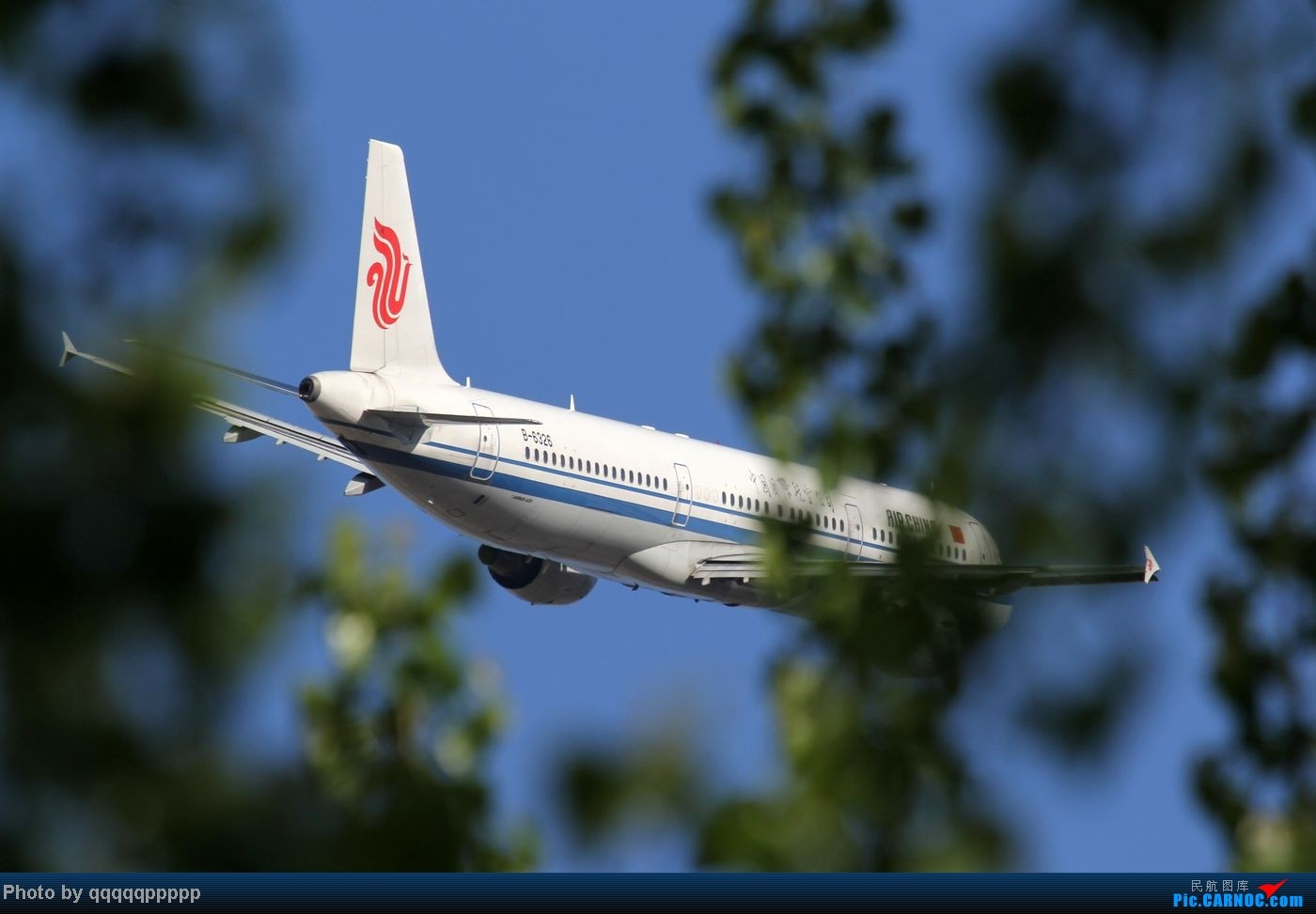 Re:[原创]五一小假期~北京迎来春暖花开的好天气。岂能错过这个拍机的好机会~ AIRBUS A321-200 B-6326 中国北京首都机场