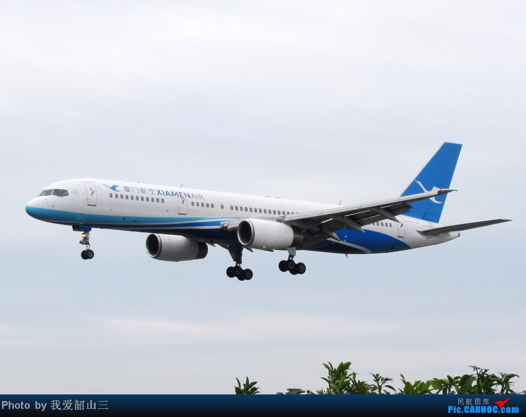 Re:[原创]5.1期间XMN拍机,华航744,KLM亚洲号,国航紫宸号,ANA星星及熊猫,阿斯塔纳752等 BOEING 757-200 B-2866 中国厦门高崎机场