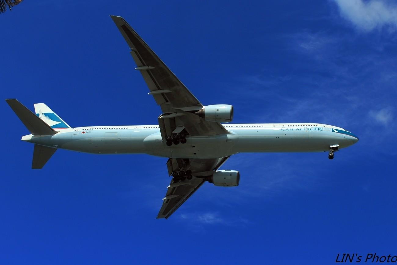 Re:[原创]【打机在SIN】终于找到樟宜机场传说中的那个神仙位~光线巨赞~樟宜有多少好货就不多说啦! BOEING 777-300  新加坡樟宜机场