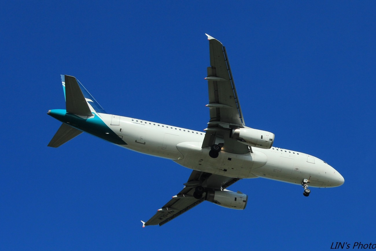 Re:[原创]【打机在SIN】终于找到樟宜机场传说中的那个神仙位~光线巨赞~樟宜有多少好货就不多说啦! AIRBUS A320  新加坡樟宜机场