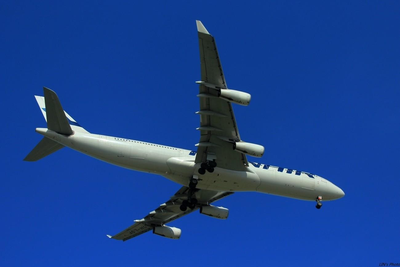 Re:[原创]【打机在SIN】终于找到樟宜机场传说中的那个神仙位~光线巨赞~樟宜有多少好货就不多说啦! AIRBUS A340  新加坡樟宜机场