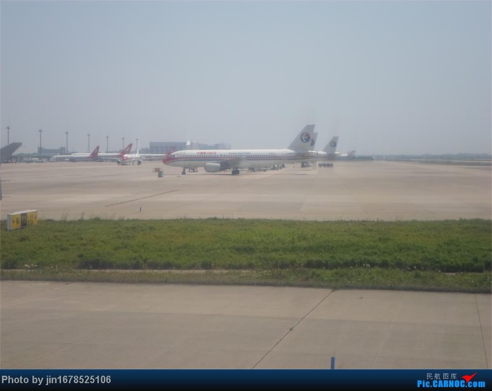 Re:[原创]趁年轻来了一次说走就走的旅行,五一游记还漫长的慢慢更新中。    中国上海浦东机场