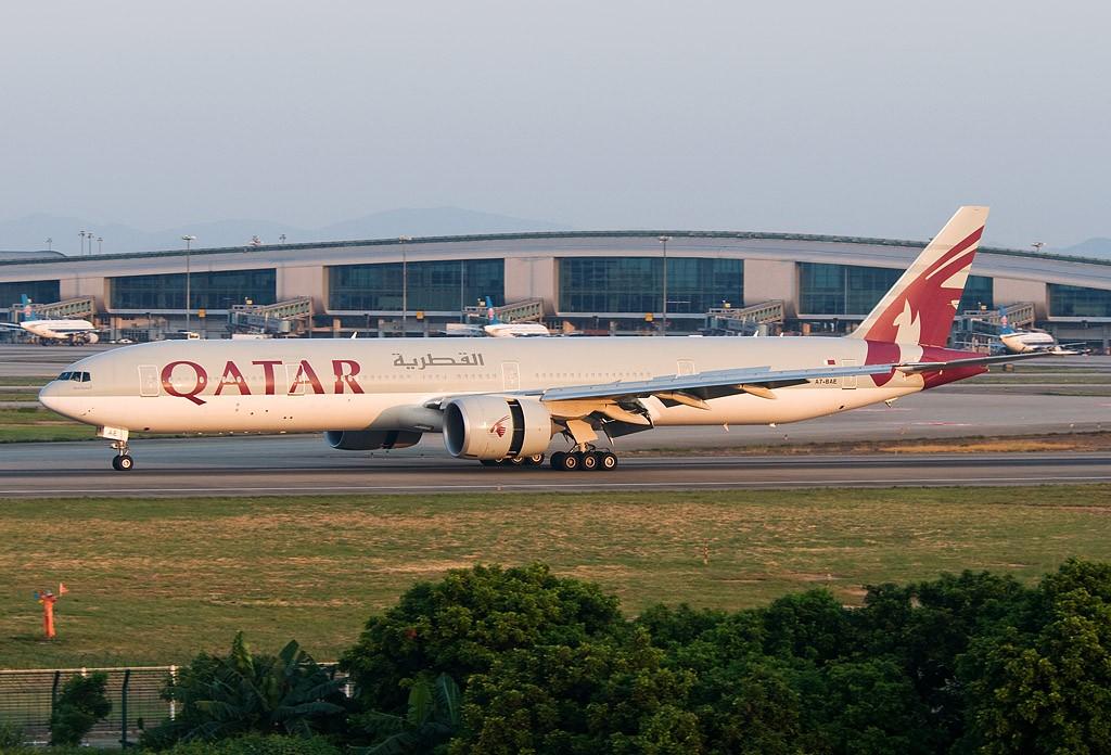 [原创]一年有那么几天  好天 BOEING 777-300 A7-BAE 中国广州白云机场