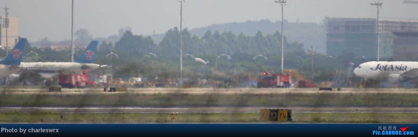 Re:[原创]【迟到的照片】迎接南航787以及隔一天的煤堆土堆烂天小拍    中国广州白云机场