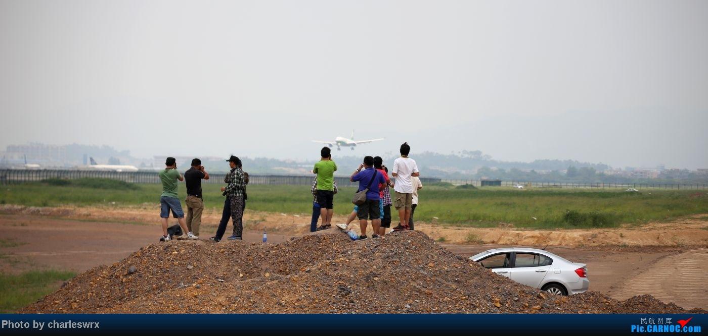 Re:[原创]【迟到的照片】迎接南航787以及隔一天的煤堆土堆烂天小拍 AIRBUS A330-200 B-16302 中国广州白云机场