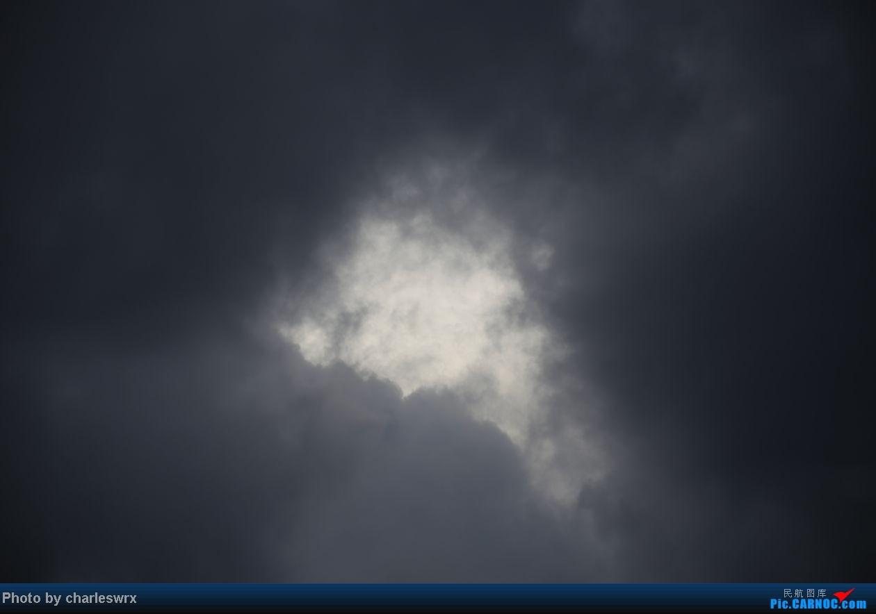 Re:[原创]【迟到的照片】迎接南航787以及隔一天的煤堆土堆烂天小拍