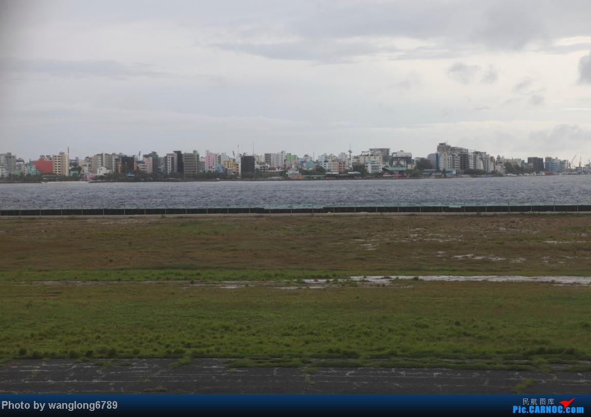 Re:Harvardman两舱系列第一集:UL859-UL115(北京PEK-科伦坡CMB-马累MLE)附送水上飞机及美景喽    马尔代夫马累机场