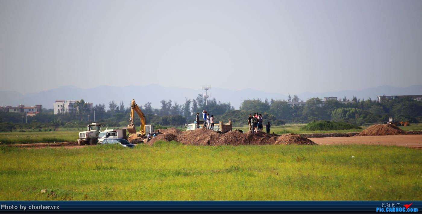 Re:[原创]【迟到的照片】迎接南航787以及隔一天的煤堆土堆烂天小拍     飞友