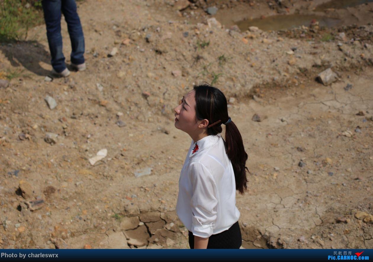 Re:[原创]【迟到的照片】迎接南航787以及隔一天的煤堆土堆烂天小拍     记者MM