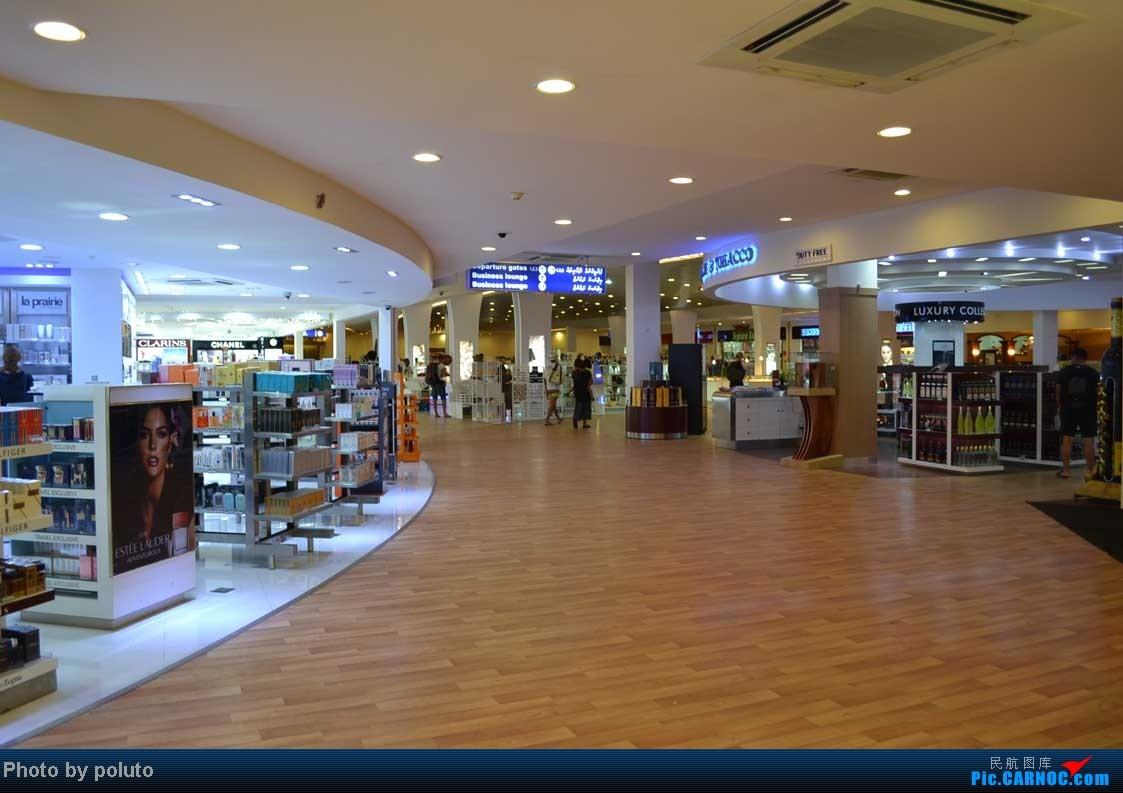 Re:[原创]Dharavandhoo机场-马累-新加坡-香港