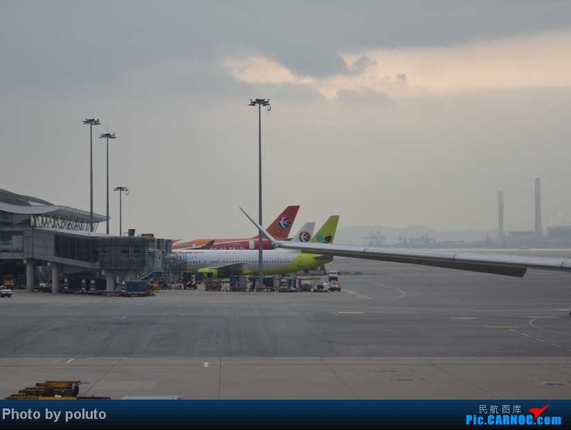 Re:[原创]Dharavandhoo机场-马累-新加坡-香港    中国香港赤鱲角国际机场