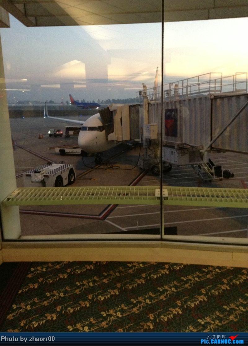 Re:重新发 炒冷饭1月底从美国回家 达美737 大韩380 739 深航320带我回家 全程ipod求轻拍