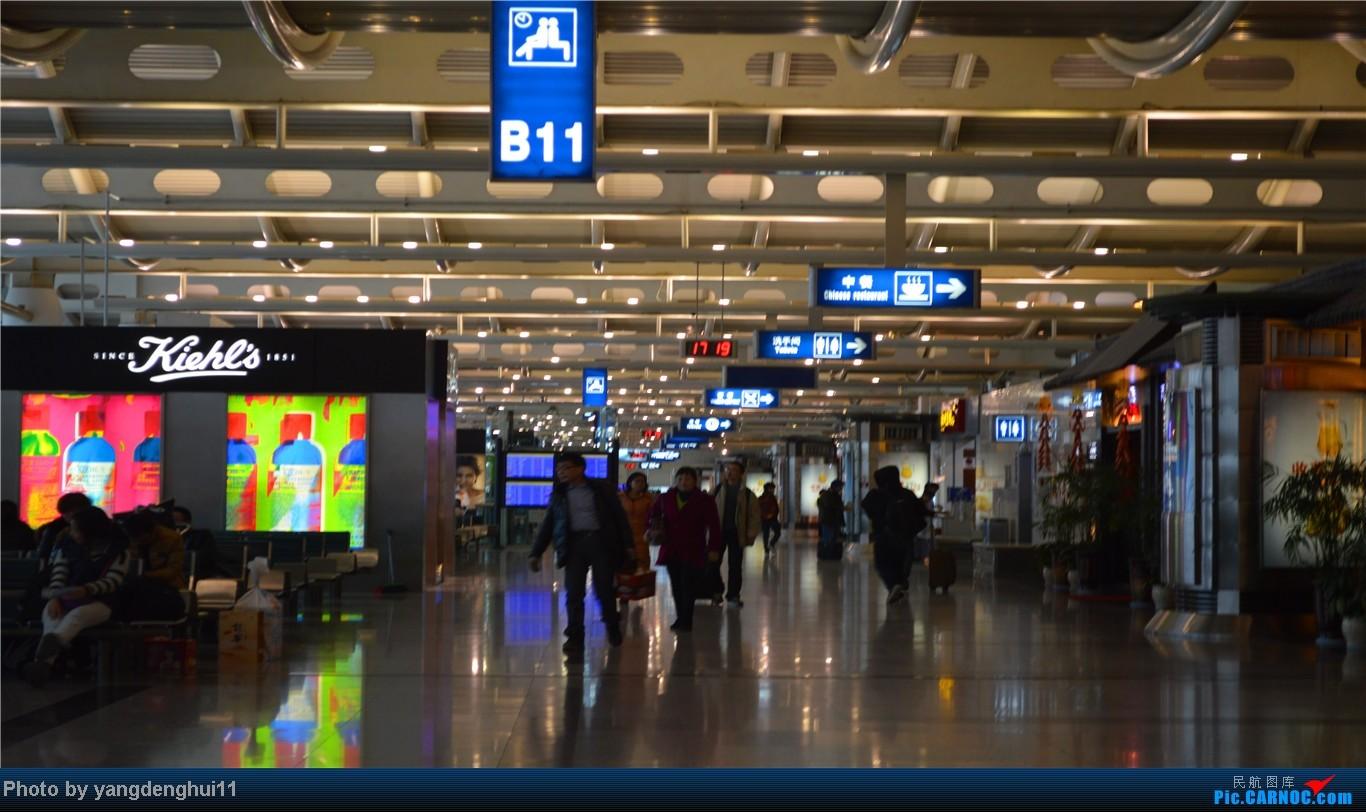 Re:[原创]春运返程帖,因本人今年小升初,so 晚了几个月。。。 BOEING 737-800 B-2692 中国杭州萧山机场 中国杭州萧山机场