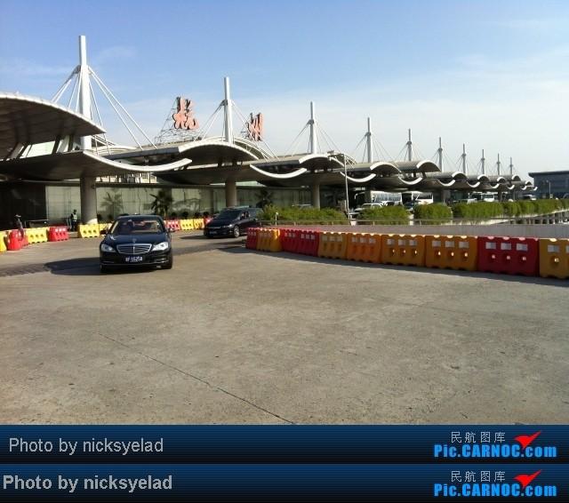 Re:[求]跪求各城市机场航站楼醒目标志LOGO照片,小弟在此谢过了。谢谢谢谢,赠送小飞机o    中国杭州萧山机场